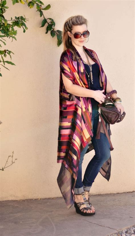 From Scarf To Shawl With 1 2 Yards Of Fabric The