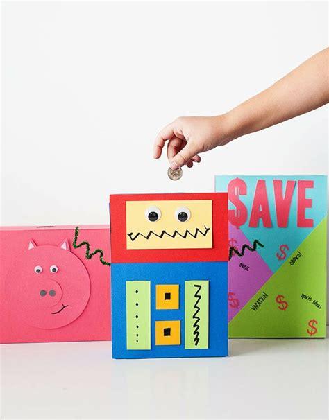 sparschwein selber basteln spardose aus leeren papier verpackungen mit kindern