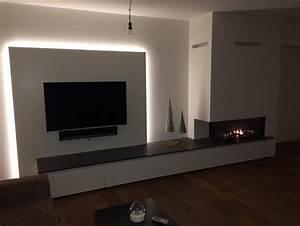 Wohnzimmer TV Wand Mit Integrierter LED Beleuchtung Und
