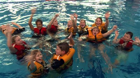 foto de YMCA Swimming Lessons YouTube