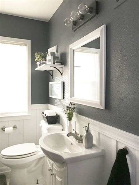 white and grey bathroom ideas 17 best ideas about gray bathrooms on gray and
