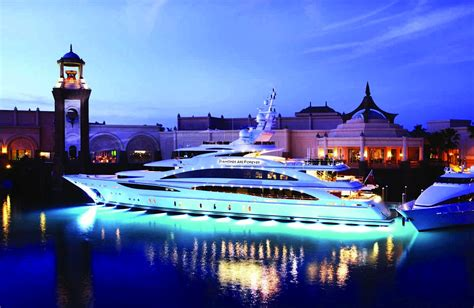 2 Bedroom Hotels Miami Beach by Luxury Yacht Charter Bahamas Amp Nassau World Yacht Group