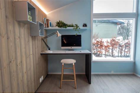 intérieur scandinave bleu cuisine et lambris bois