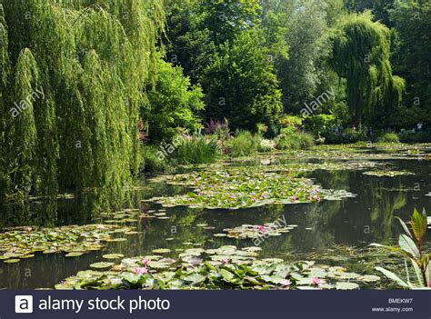 Giverny Monet Garten by Claude Monet Giverny Stockfotos Claude Monet Giverny