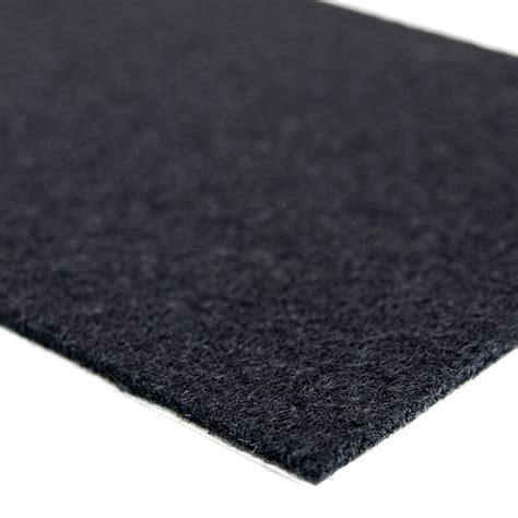 sjaelvhaeftande svart filtbit