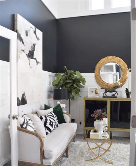 two tone living room walls best 25 two tone walls ideas on two toned
