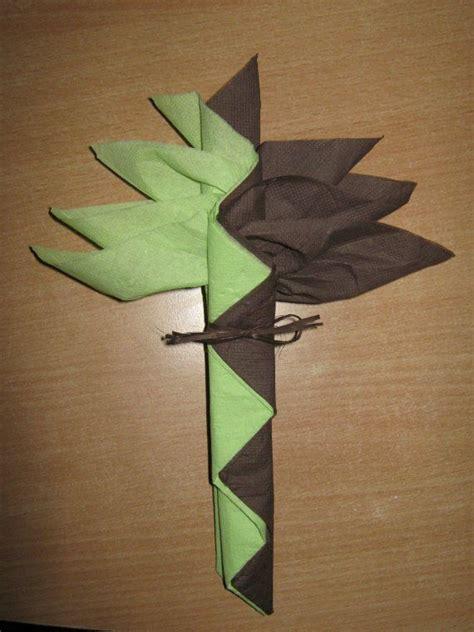 decoration de table pliage de serviette origami pour une table tables and