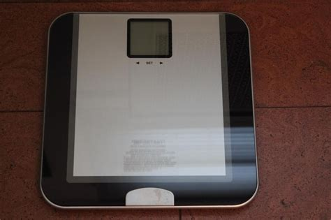 Eatsmart Digital Bathroom Scale Manual by The Precision Tracker Digital Bathroom Scale Is A Light