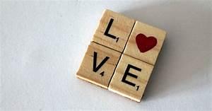 Scrabble Buchstaben Deko : diy love magnet herz aus scrabble buchstaben diycarinchen ~ Yasmunasinghe.com Haus und Dekorationen
