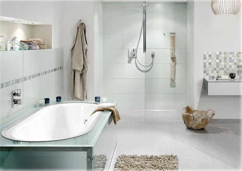 Badezimmer Fliesen Mit Bordüre by Badezimmer Mosaik Bordure Methodepilates
