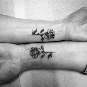 Tatouage Couple Original : tatouage main s lection de quelques mod les de petit ~ Melissatoandfro.com Idées de Décoration