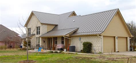 Roof Lines On Houses Ideas Photo Gallery by White Metal Building Silver Roof Many Types Of