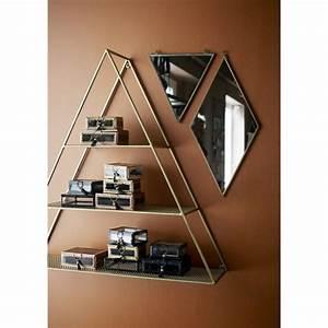 Etagere Murale Triangle : etagere murale triangle metal dore laiton madam stoltz 21712ab ~ Teatrodelosmanantiales.com Idées de Décoration