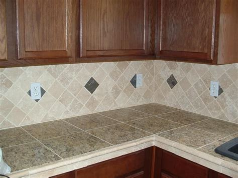 Tile Kitchen Countertops by Kitchen Remodel Tips For Selecting Kitchen Countertops