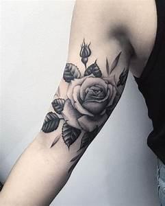 Rosen Tattoos Schwarz : tatuajes de rosas 35 dise os diferentes significado y simbolismo ~ Frokenaadalensverden.com Haus und Dekorationen