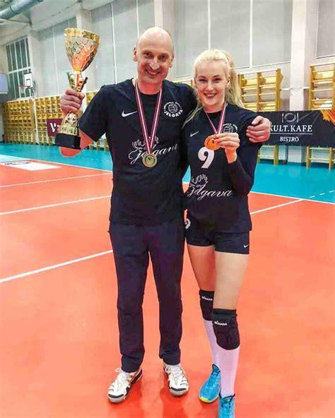 Tēvs un meita kļūst par Latvijas čempioniem volejbolā ...