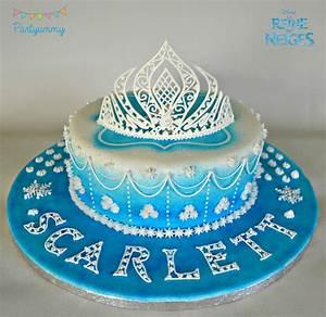 Gateaux La Reine Des Neiges : gateau reine des neiges glacage royal et couronne elsa ~ Dallasstarsshop.com Idées de Décoration