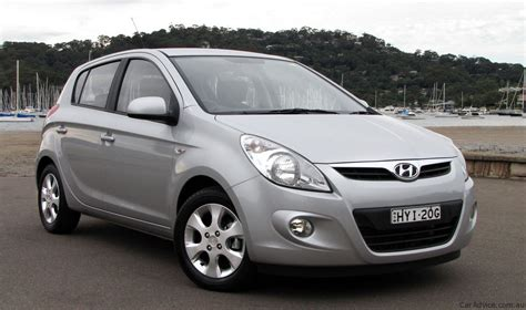 Review Hyundai I20 by Hyundai I20 Review Caradvice