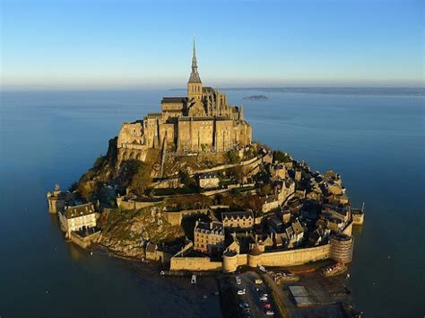 mont st michel bretagne beautiful places