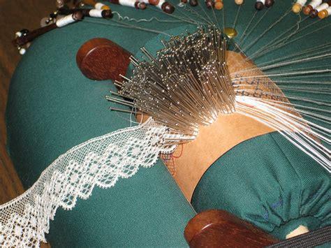 ewe  wool bobbin lace beginning classe complete