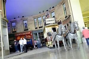Riverside Museum Glasgow : riverside museum visitscotland ~ Watch28wear.com Haus und Dekorationen