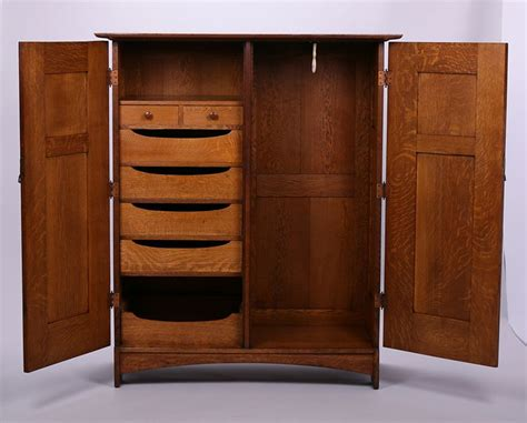 Dresser Wardrobe Furniture by 847 Best Stickley And Mission Style Images On