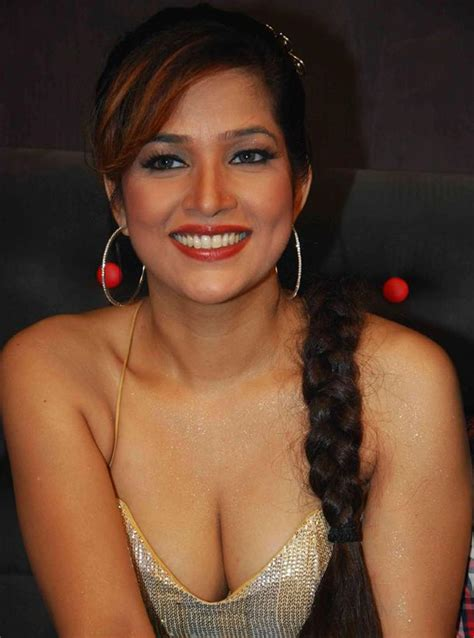 Bollywood Celebs Hot Cleavage Show Photos Hot Blog Photos