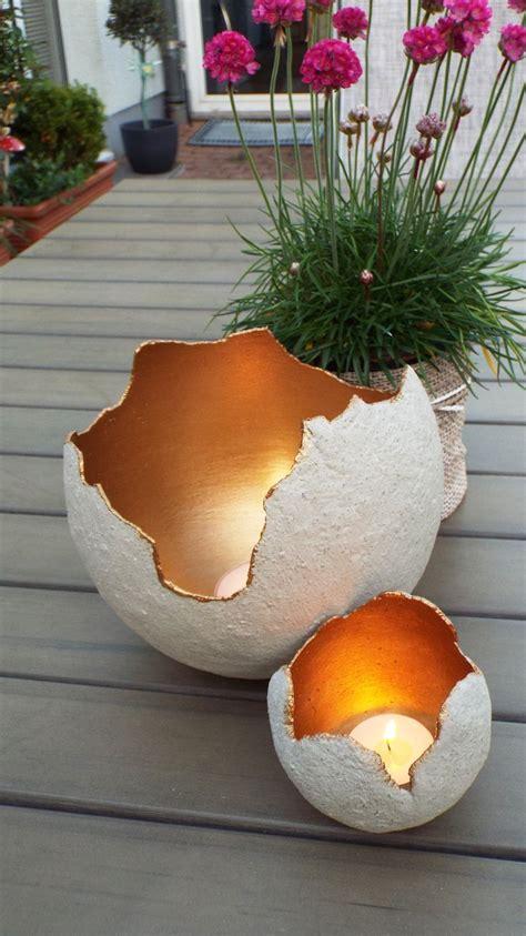 lichtkugeln aus beton fuer kreative innen mit maya gold  gross fuer terrasse basteln idee