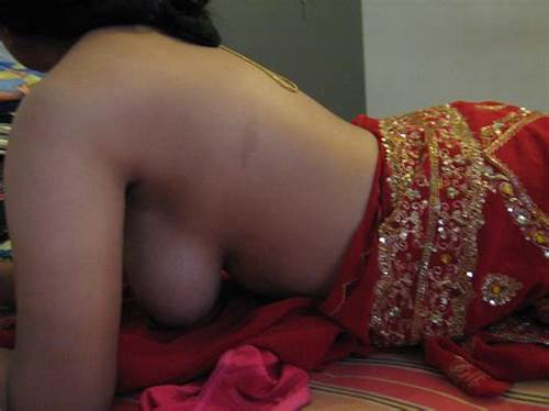 Model In Satin Blouse Is Showing Breasty #Saree #Bhabhi #Big #Boobs #Photos #Without #Blouse