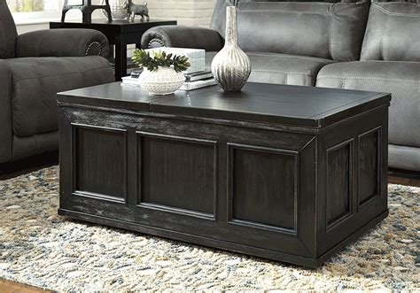 Gavelston Rubbed Black Lift-top Coffee Table