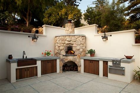 outdoor kitchen pizza oven design outdoor kitchen designs featuring pizza ovens fireplaces 7243