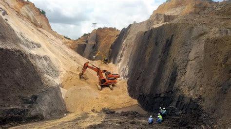 Pekerja Tambang Batu Bara Tertimbun Longsor Tribunnews com