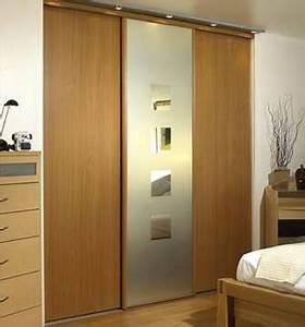comment poser un placard a portes coulissantes With comment poser des portes coulissantes