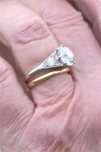 Queen elizabeth i wedding ring celebrity engagement for Queen wedding ring