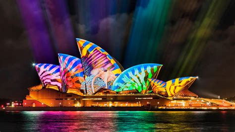 opera house jellyfish bing wallpaper