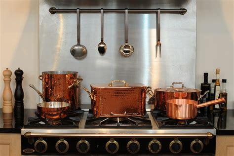 batterie de cuisine en cuivre a vendre casseroles et poêles en cuivre