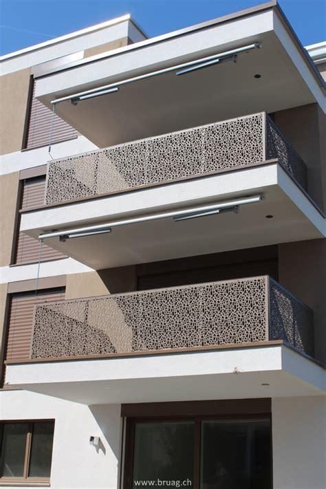 perforierte balkonverkleidungen mitten  der stadt zuerich