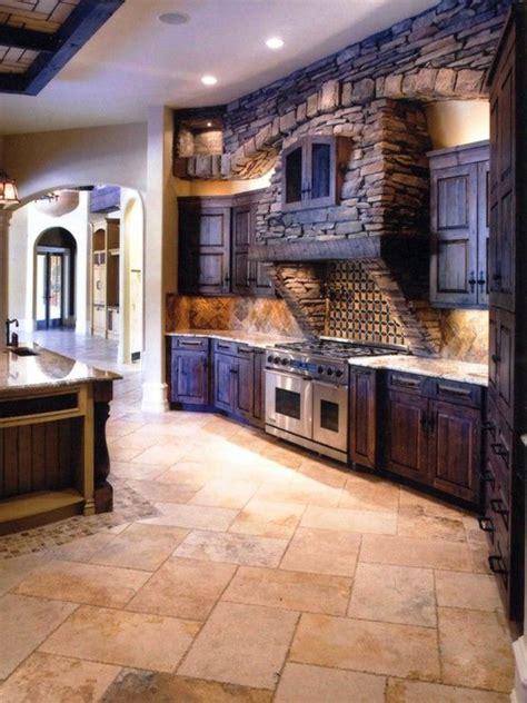 amenager cuisine ouverte la cuisine en bois massif en beaucoup de photos