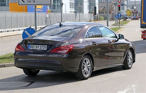 2017 Mercedes Benz Cla Facelift Gets Visited By The Spy