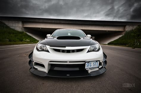 featured ride kevins varis sti stance