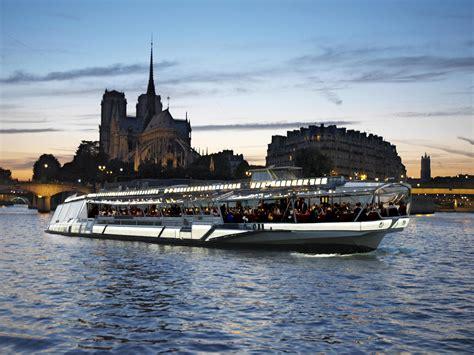 Bateau Mouche Et Bus Paris by Bateau Mouche Dinner Cruise