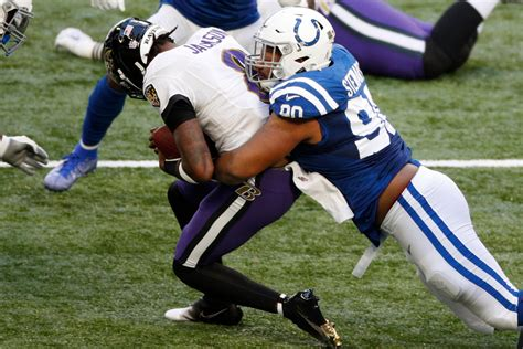 afc south standings titans add game lead  colts  week