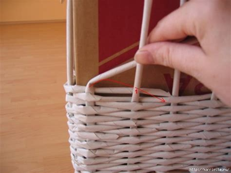 diy basket woven  recycled newspaper