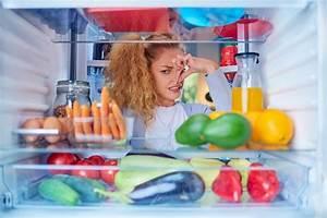 Geruch Im Kühlschrank Was Tun : k hlschrank stinkt gr nde hausmittel tipps zum vorbeugen ~ Bigdaddyawards.com Haus und Dekorationen