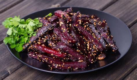 Receptes.lv - Karstie biešu salāti