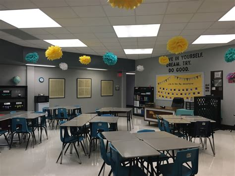 The Classroom Crafter: Adventure Themed Classroom!