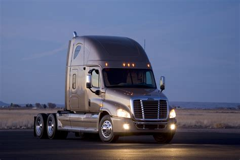 Freightliner Cascadia photos - PhotoGallery with 13 pics ...