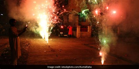 Over 60 Per Cent Delhiites Say No To Firecracker This ...