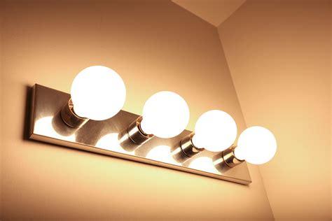 Bathroom Mirror Light Bulbs by Modern 4 Light Led Bathroom Mirror Light Fixture Warm Bulb