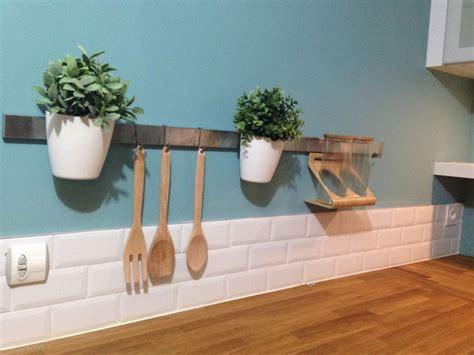 idee credence cuisine idee decoration murale pour cuisine 10 cuisine id233e